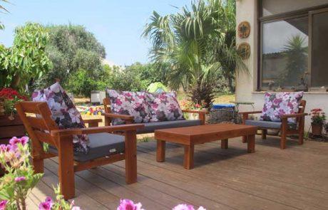 פינות ישיבה לגינה – על מה צריך לחשוב לפני שרוכשים